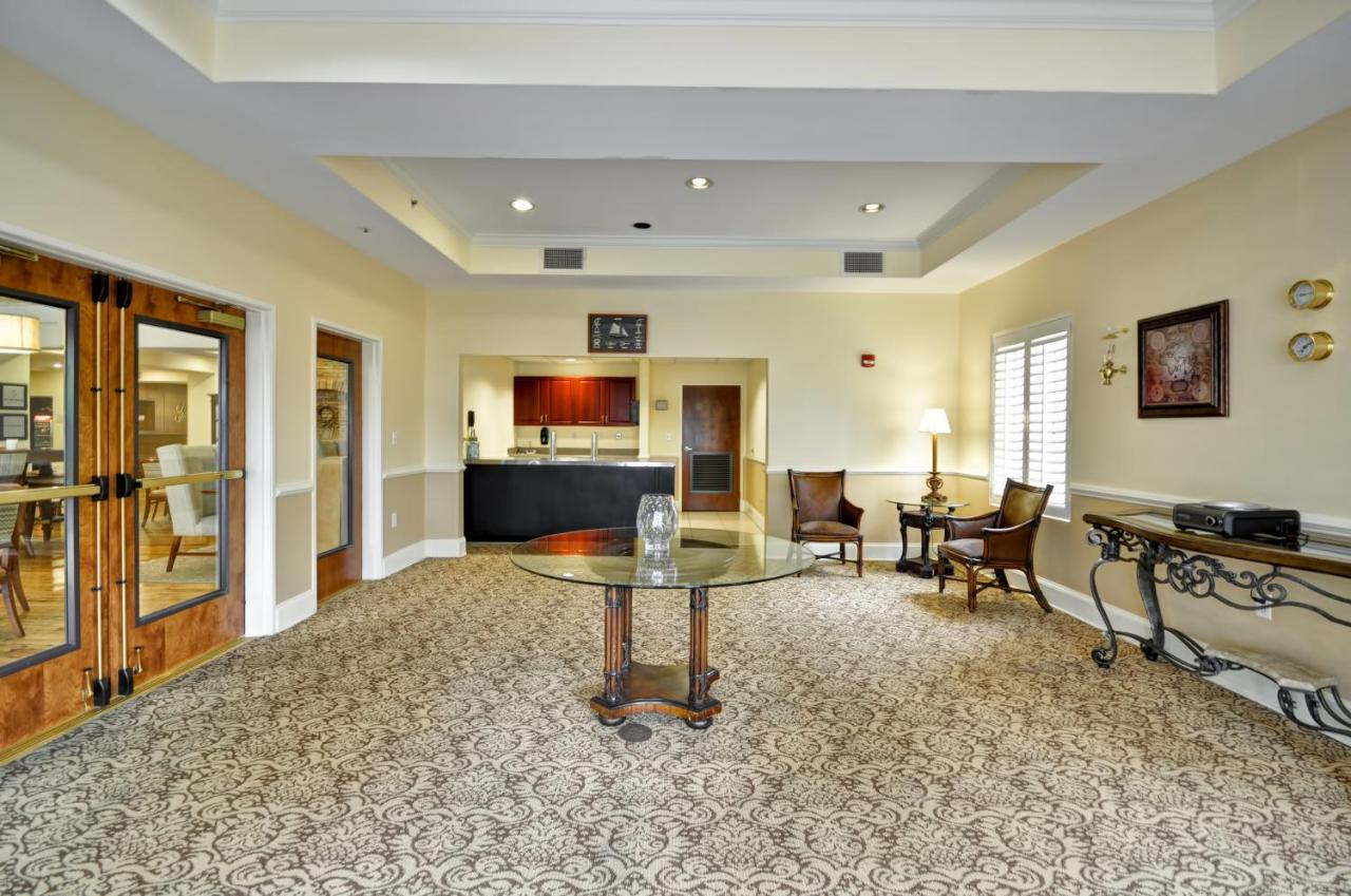 Hampton Inn West Ashley, Charleston, SC - Booking com
