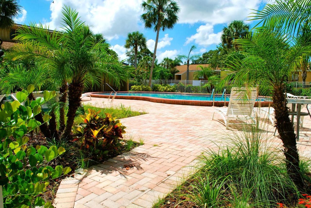 2BR/2BA condo Sienna Park, Sarasota, FL - Booking.com