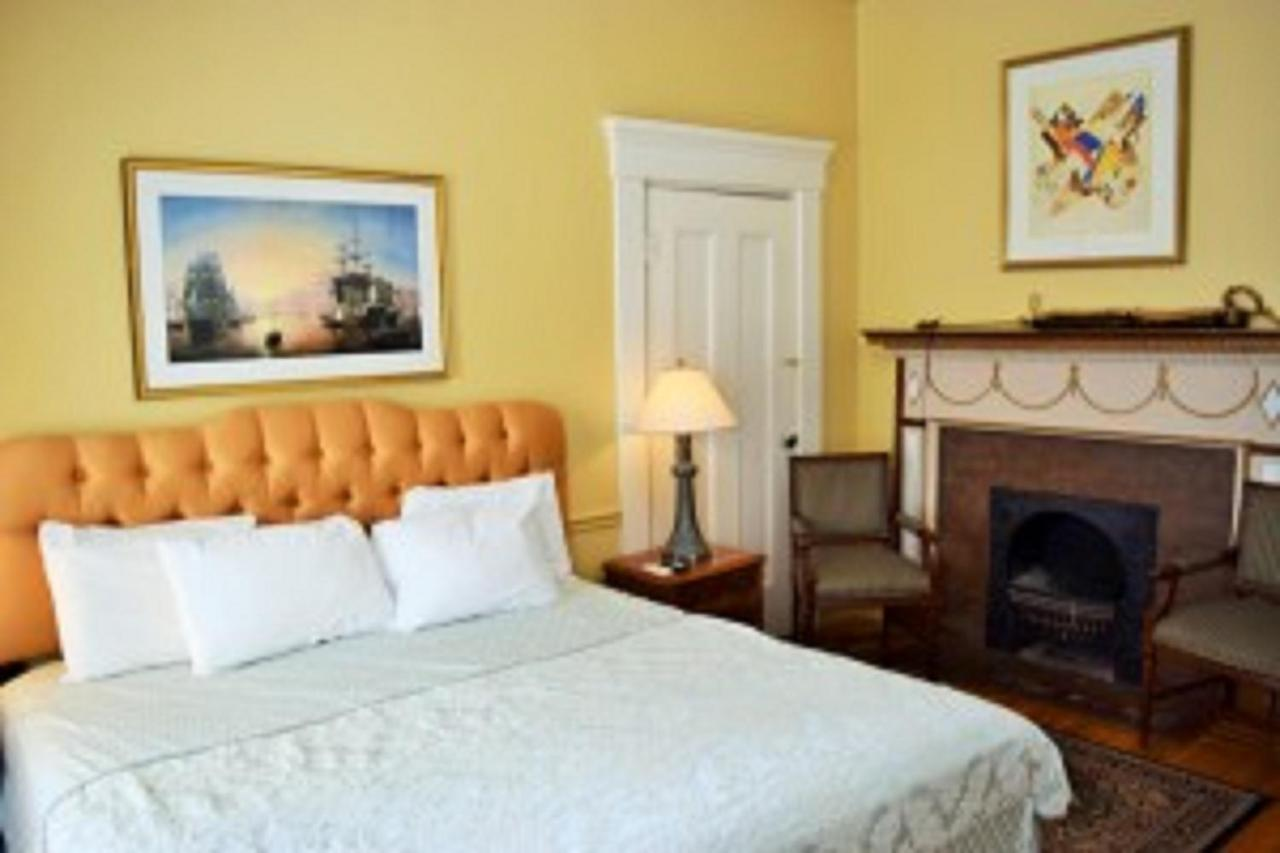 Bed And Breakfasts In Little Compton Rhode Island