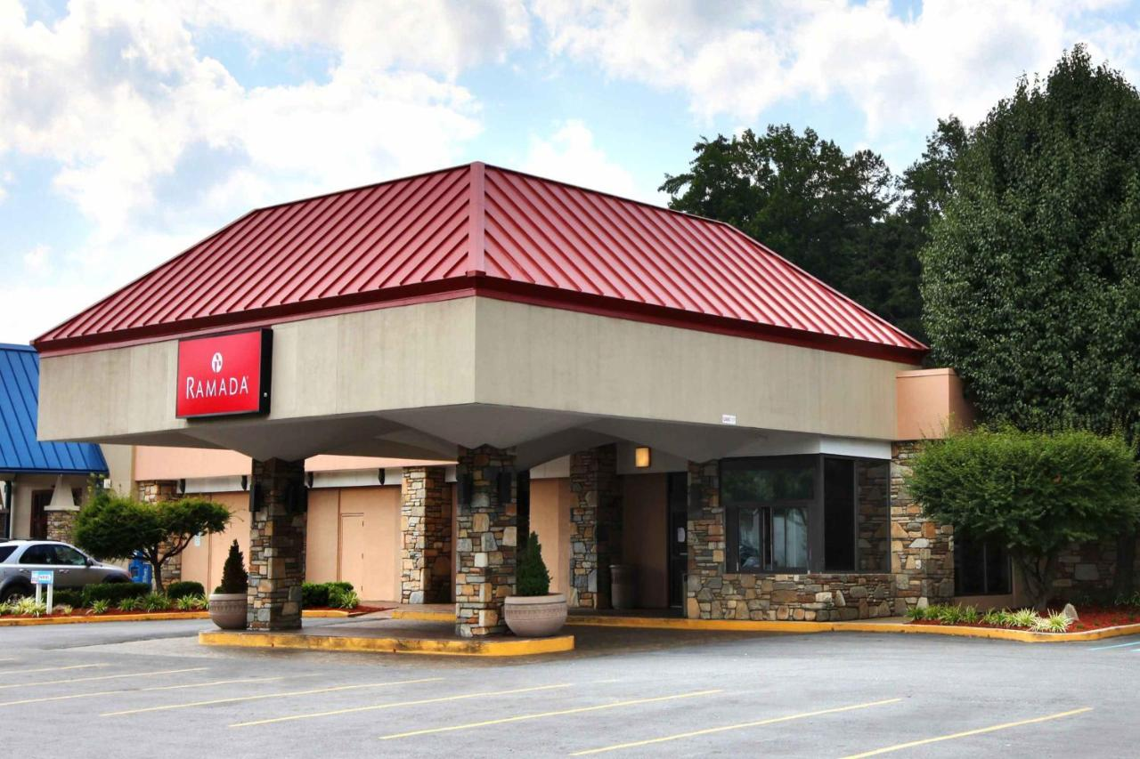 Hotels In Bent Creek North Carolina