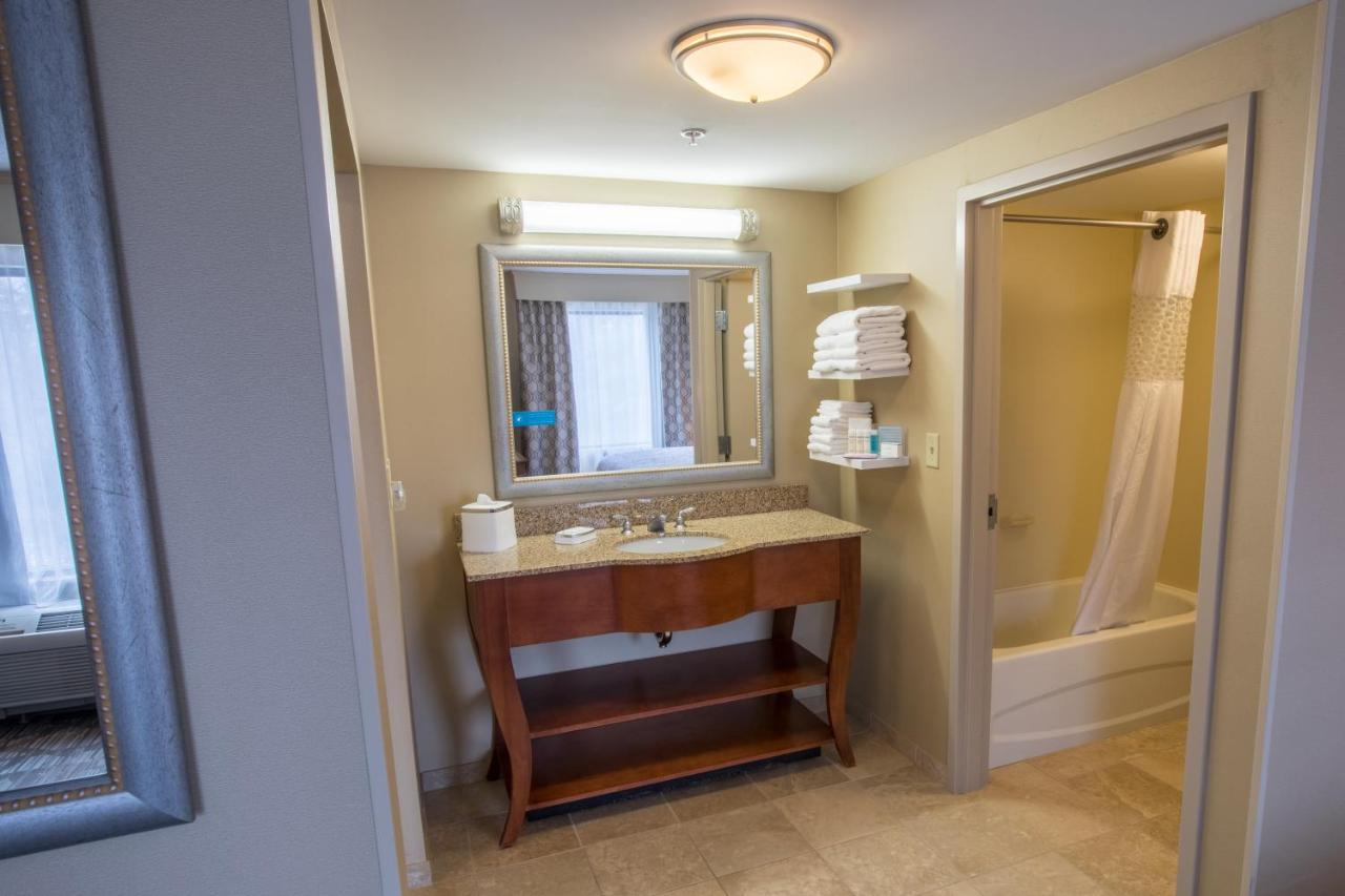 Hotels In Gardners Grove New Hampshire