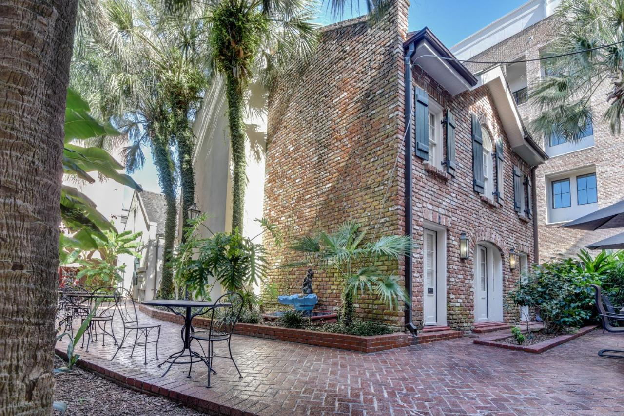 Condo hotel chateau orleans new orleans la booking com
