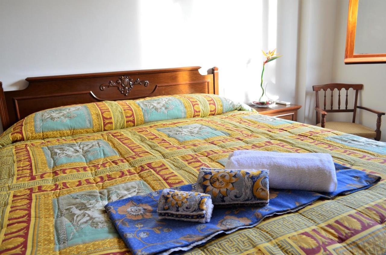 Guest Houses In Agugliano Marche