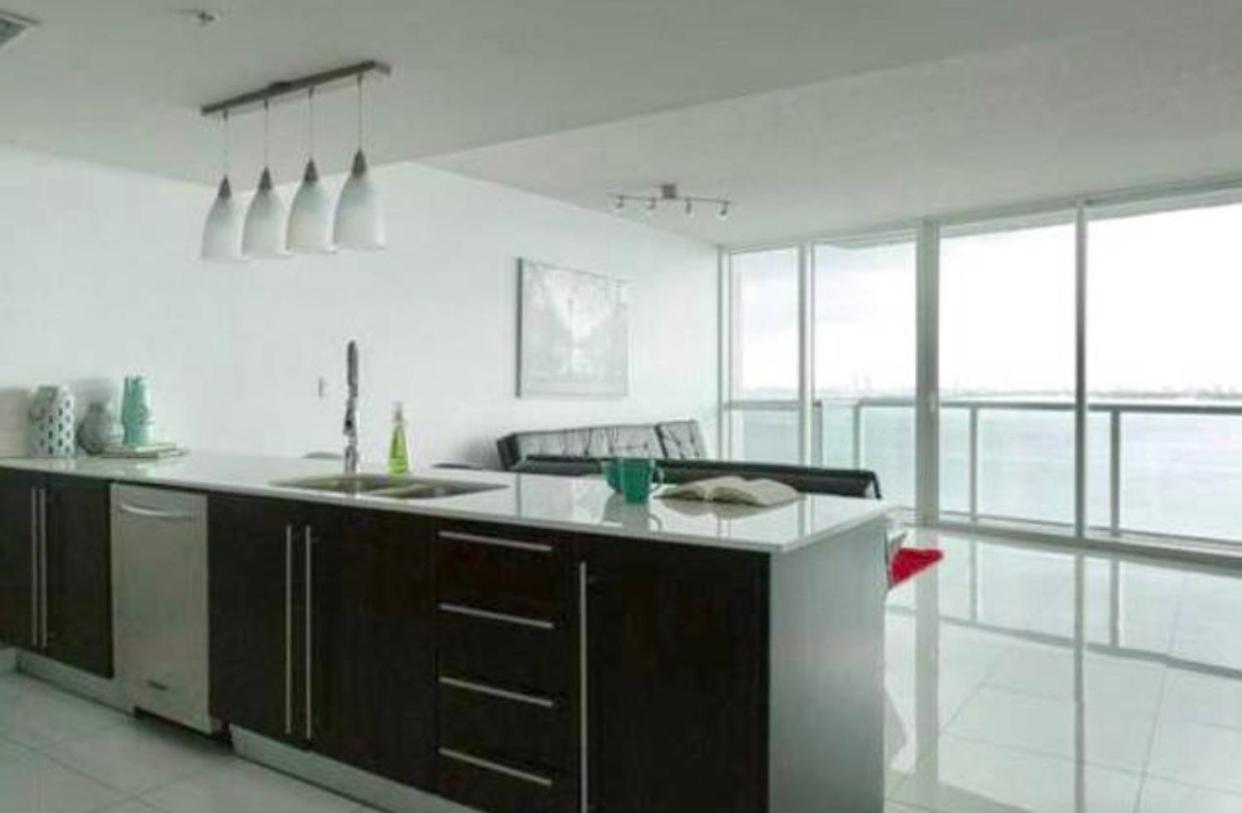 Apartment Stunning Ocean Views Wynwood, Miami, FL - Booking.com