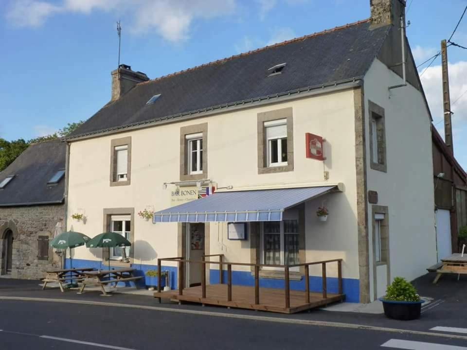 Hotels In Paule Brittany