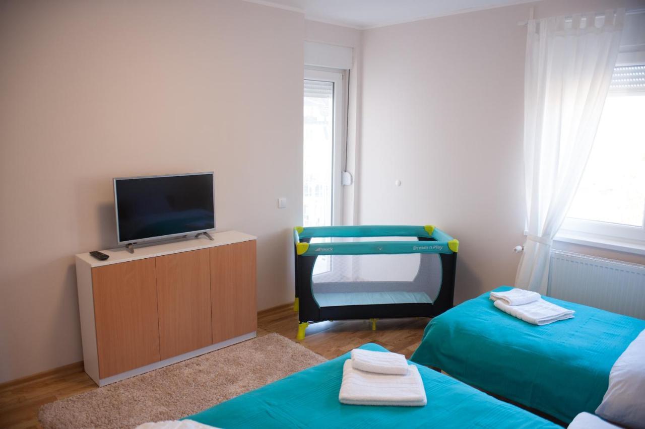 Moonshine Apartment Serbien Aranđelovac Booking Com