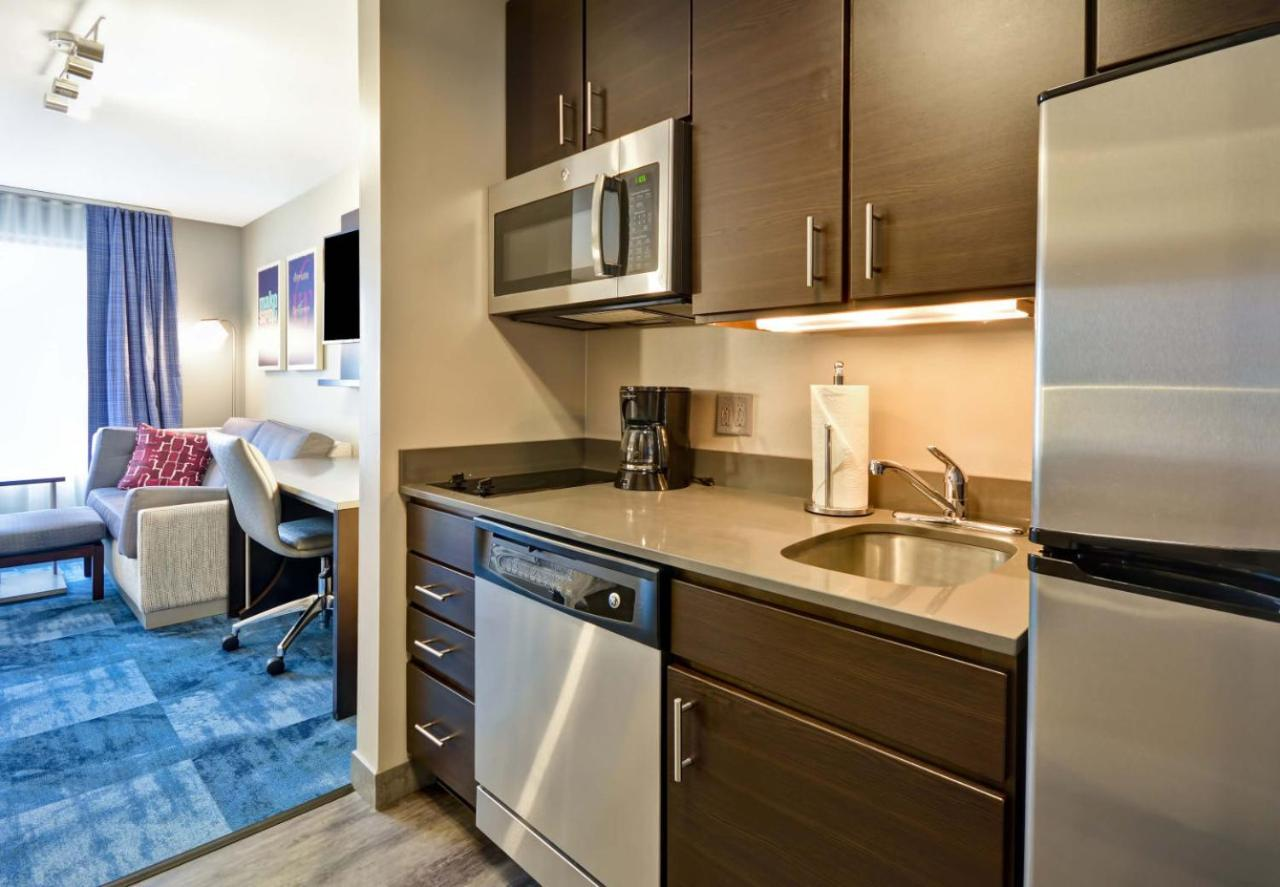 Hotel TownePlace Suites by Marriott Dover Rockaway, NJ - Booking.com