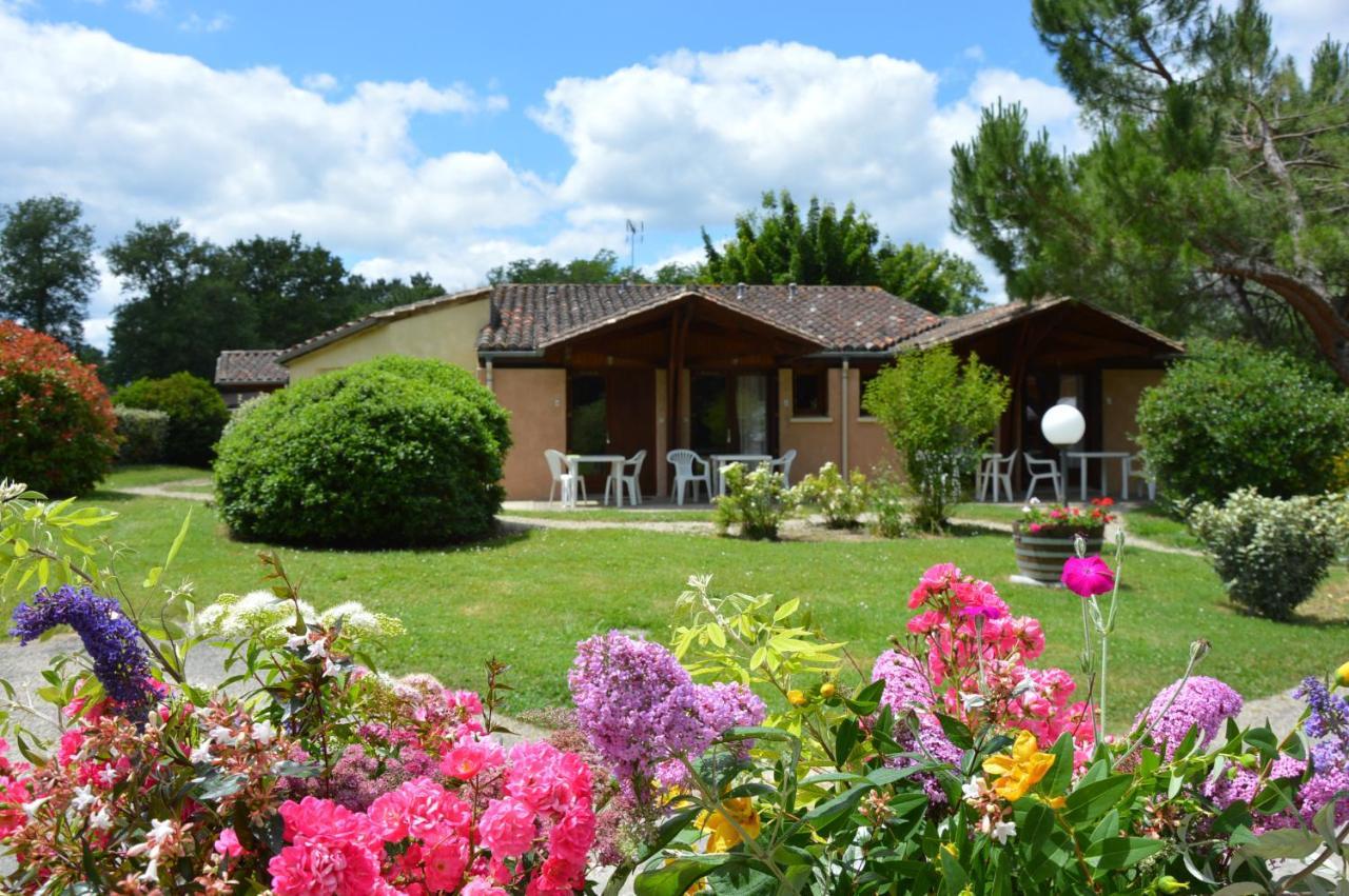 Hotels In Poudenas Aquitaine
