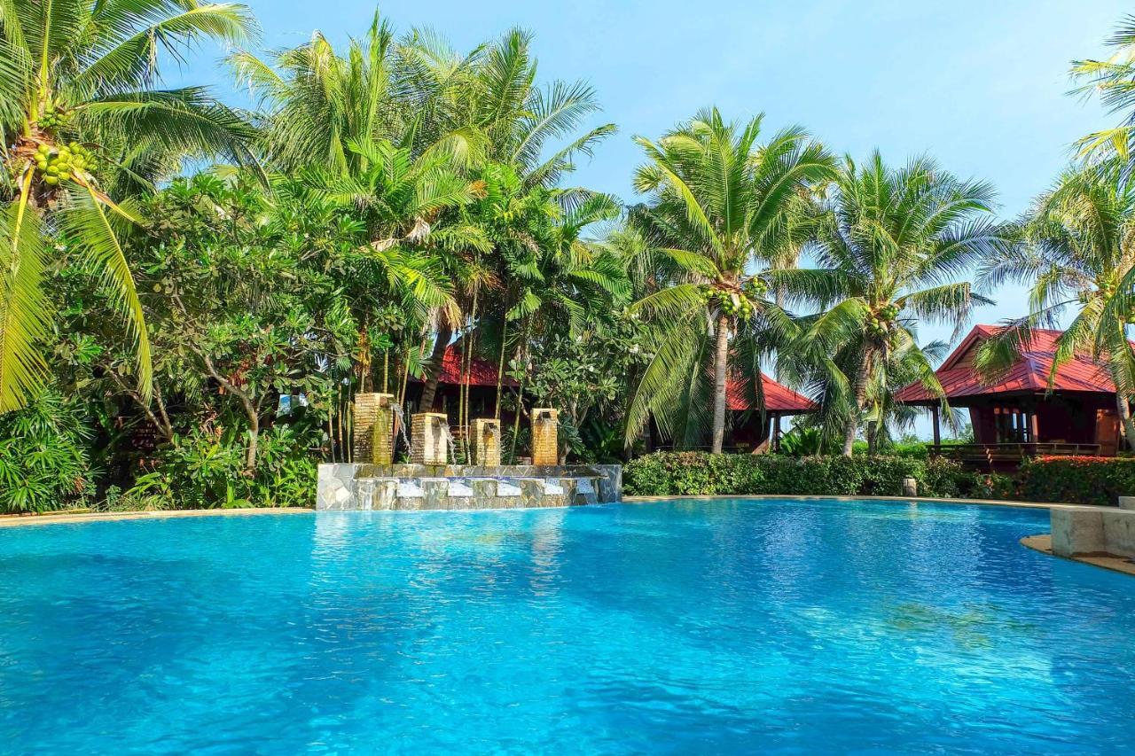 Relax Hive Resort, Puk Tian, Thailand - Booking.com