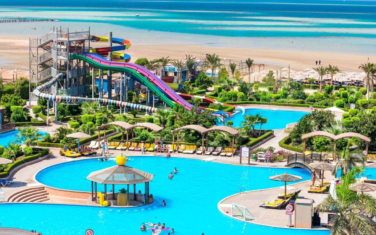 Meet: Lighthouse. Aquapark in Sochi for family holidays