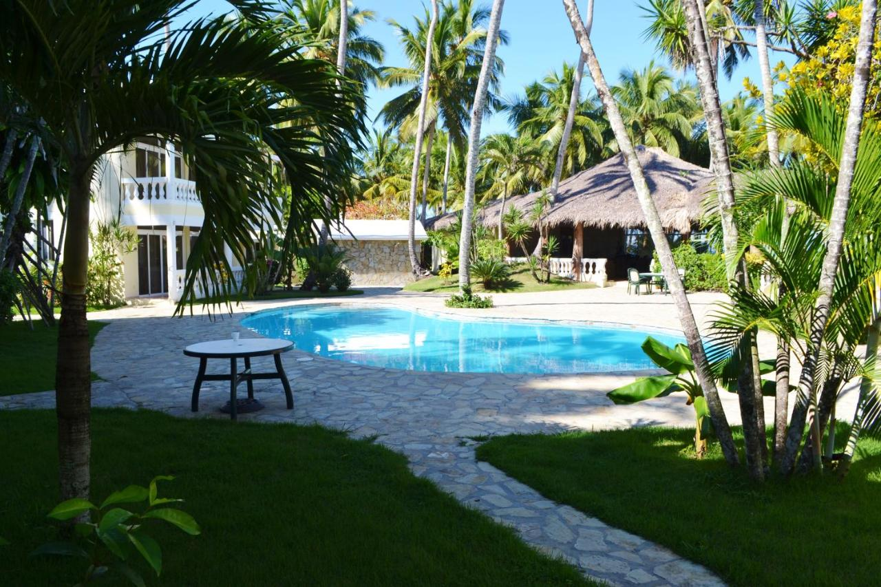 Hotels In Magante
