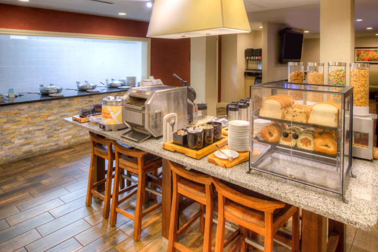 Hilton Garden Inn Detroit Southfield, Southfield – Updated 2018 Prices