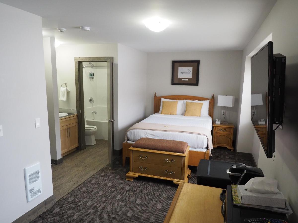 Hotels In Kaleden British Columbia