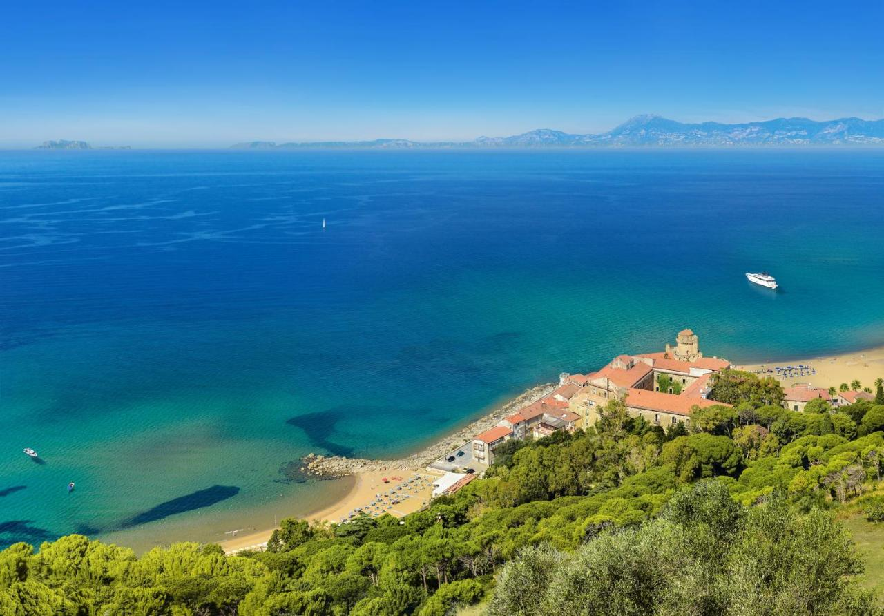 Hotels In Acquavella Campania