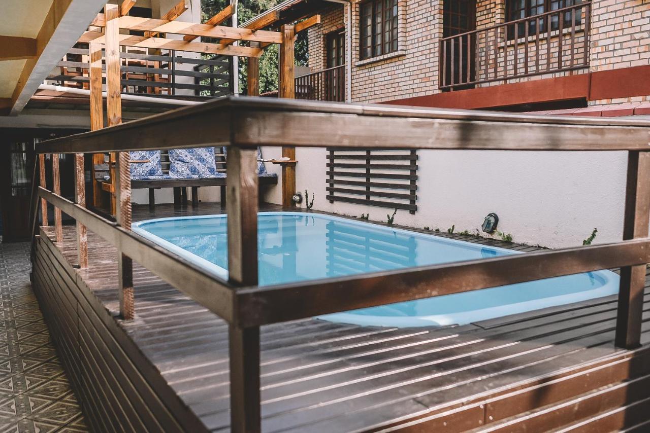 Guest Houses In Estaleiro Santa Catarina