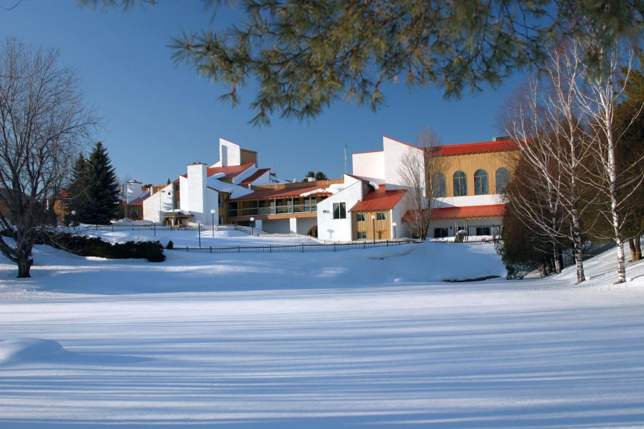 Hotels In Austin Quebec