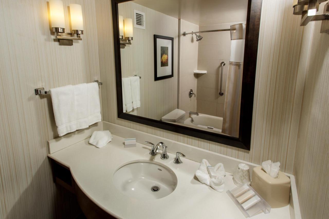 hilton garden inn staten island ny bookingcom - Hilton Garden Inn Staten Island