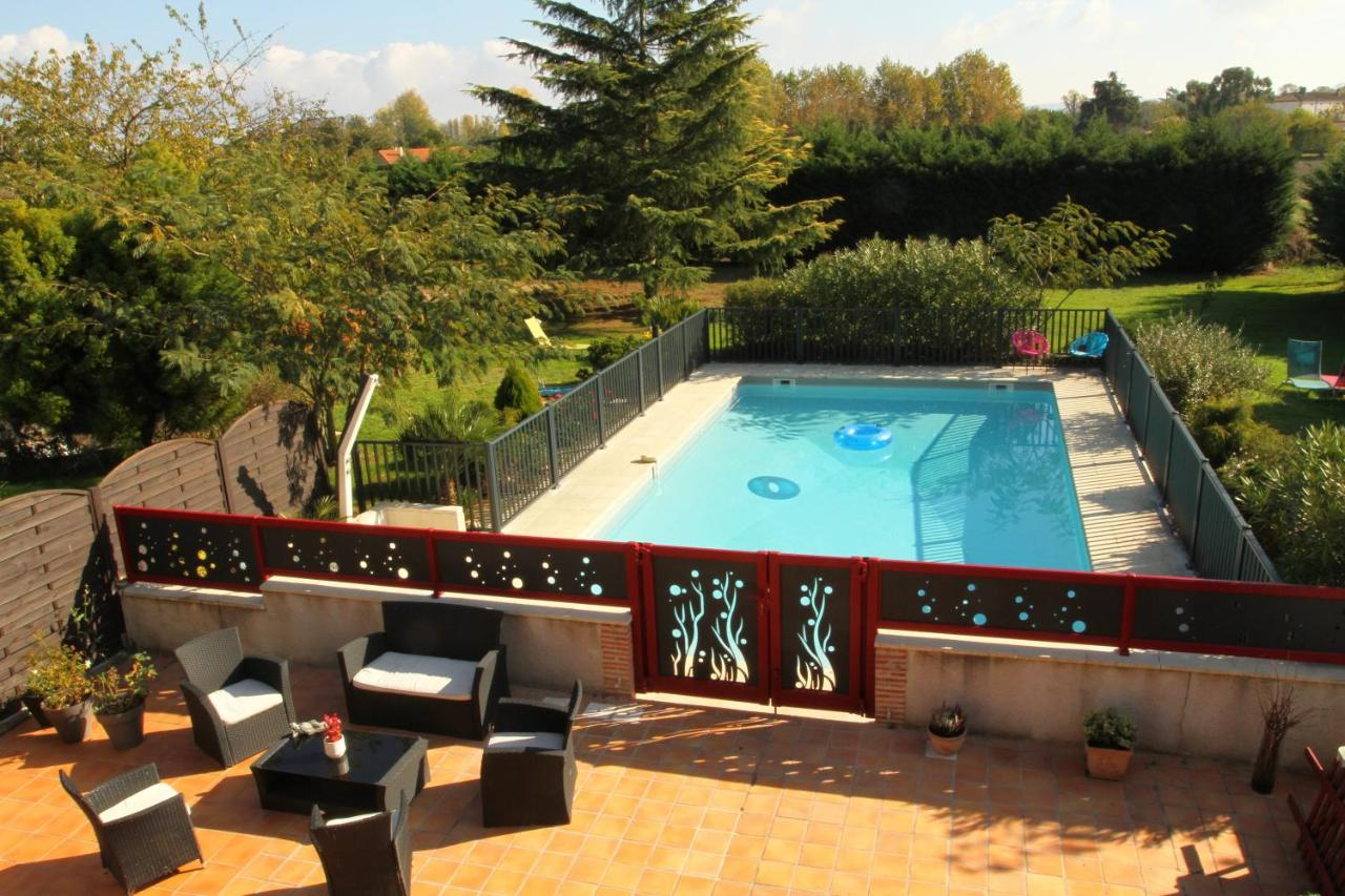 Guest Houses In Pradie Aquitaine