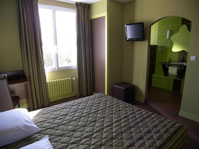 Hotels In Véretz Centre