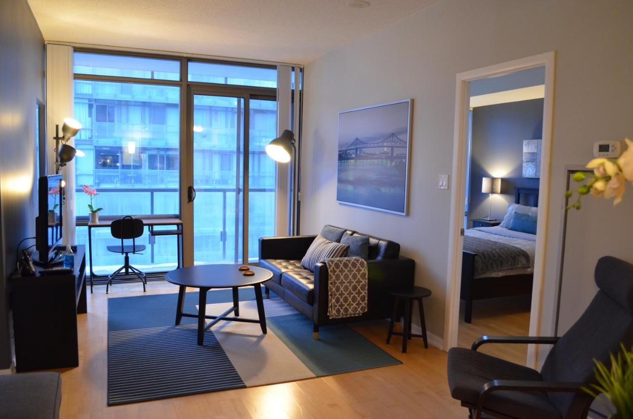 Apartment Luxurious 2BR, middle of Toronto, Canada - Booking.com