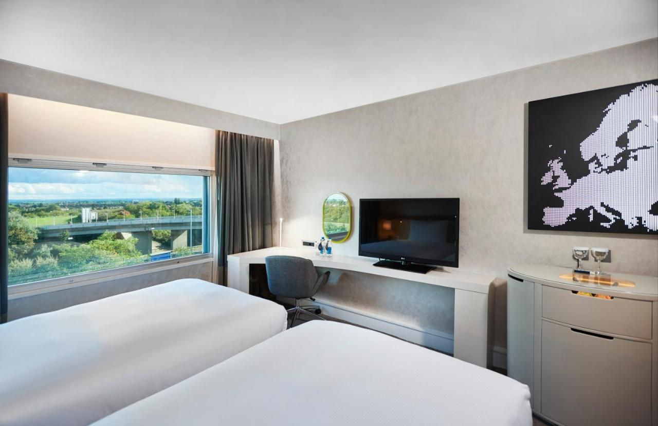 Hotel Hilton London Heathrow (GB Heathrow) - Booking.com