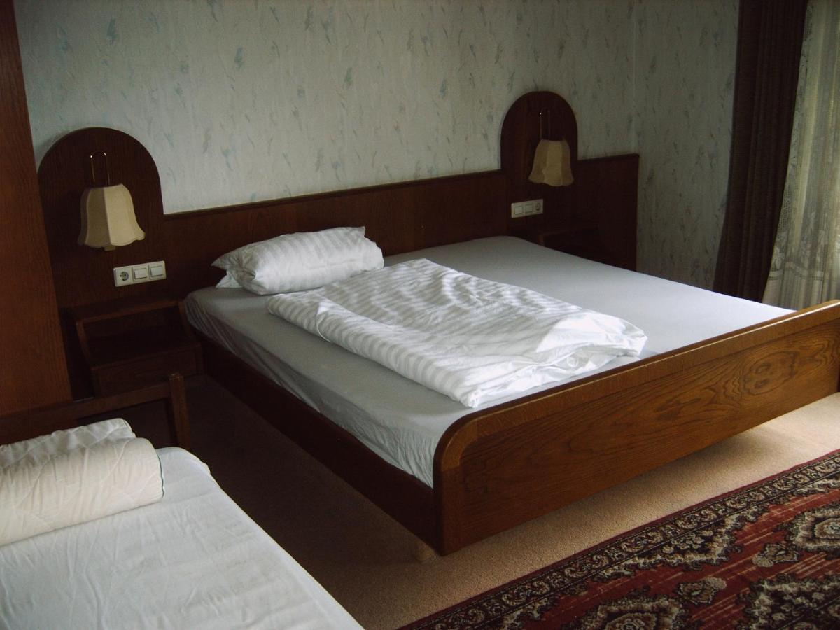 Drei Zimmer Küche Proviant : Monteurpension guenter deutschland rheinmunster booking.com