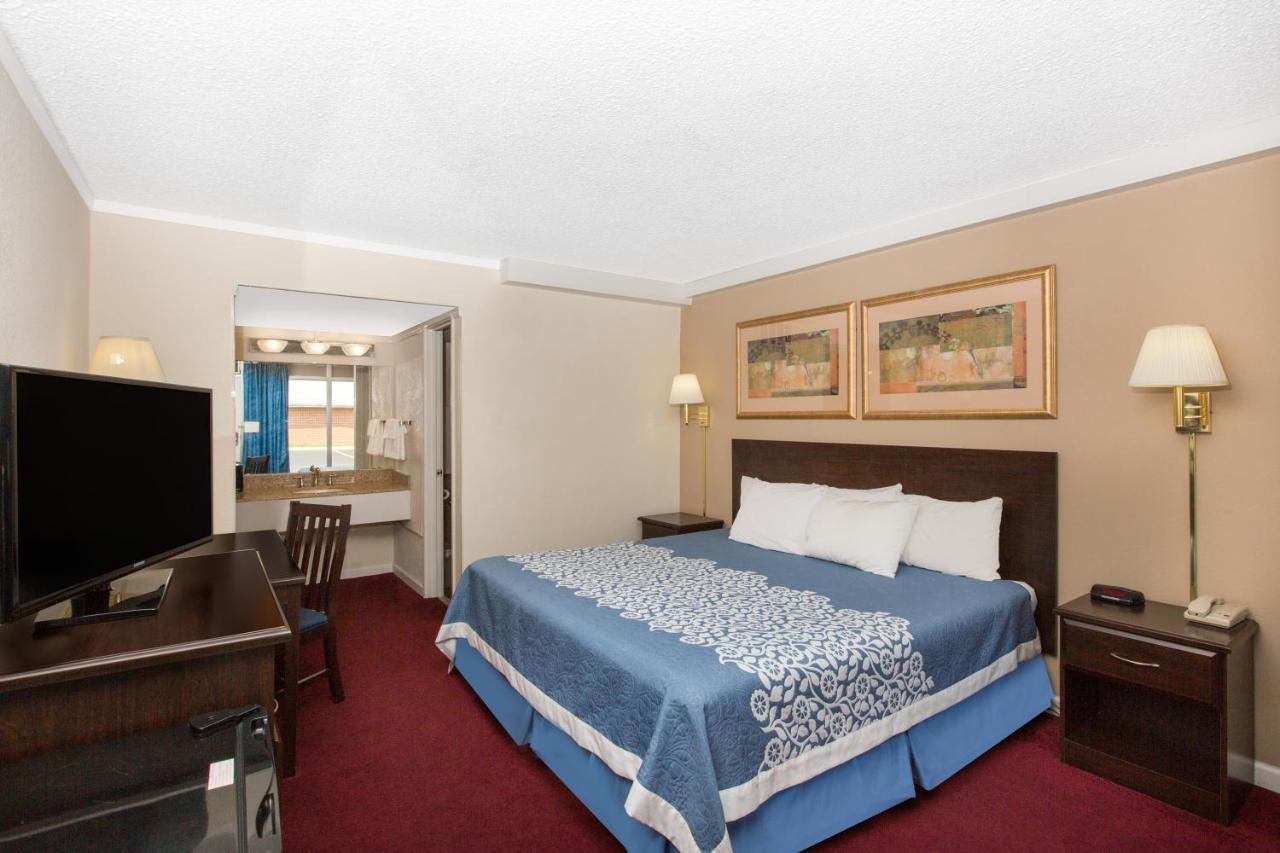 Hotels In Savannah Missouri