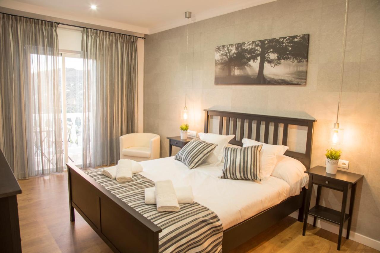 Hotels In Ventas De Zafarraya Andalucía