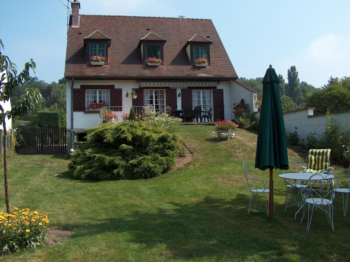 Bed And Breakfasts In Verneuil-en-halatte Picardy
