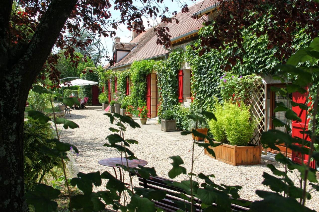 Guest Houses In Villeneuve-sur-allier Auvergne