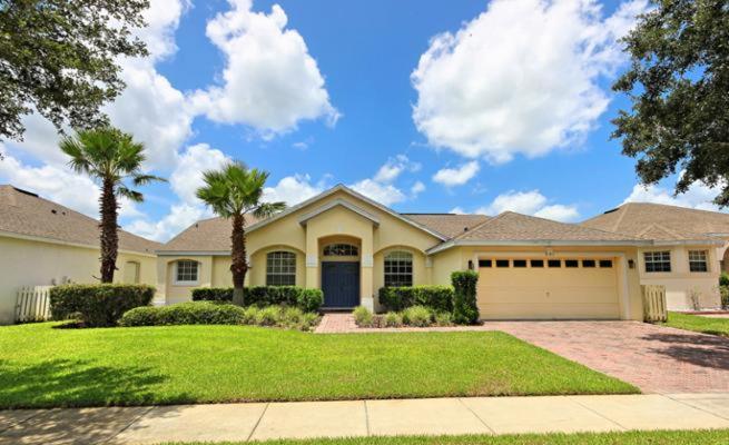 Vacation Home Birkdale House 321 Davenport FL