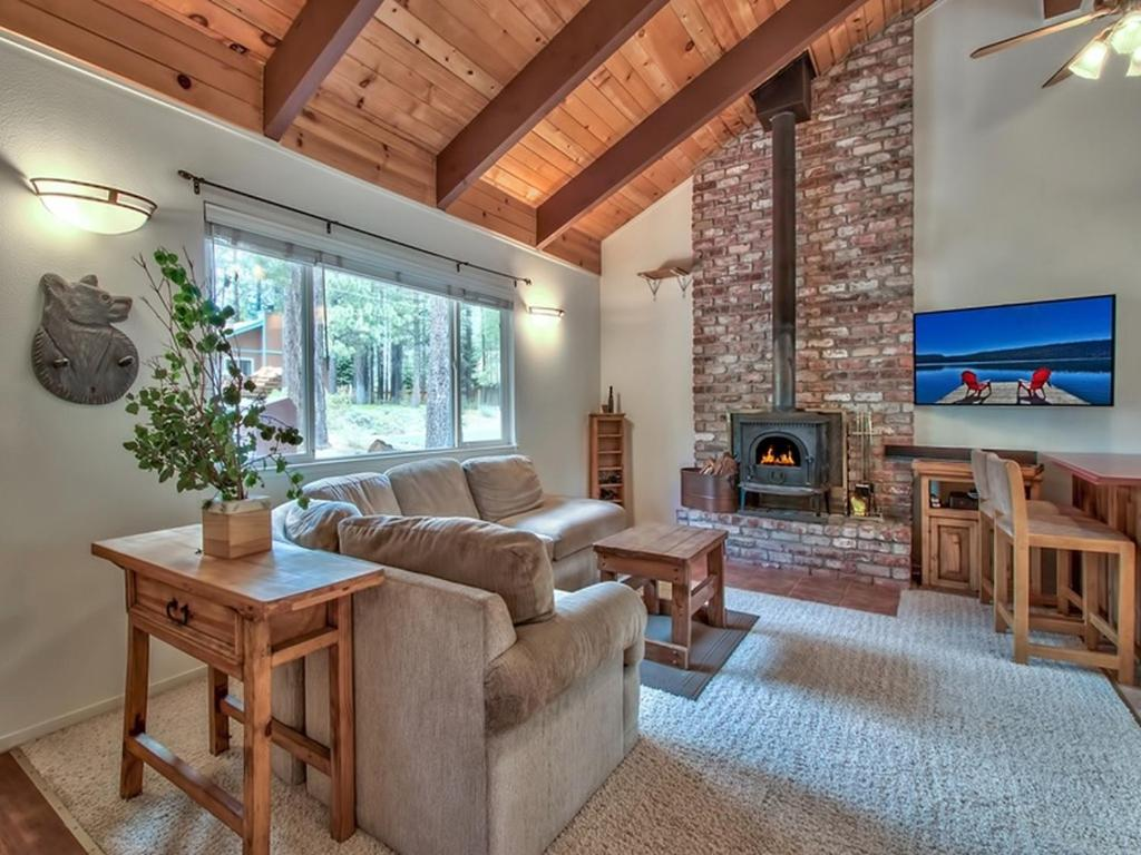 vacation tahoe fernwood folly at lake lakefront rentals donner cabins rental cabin