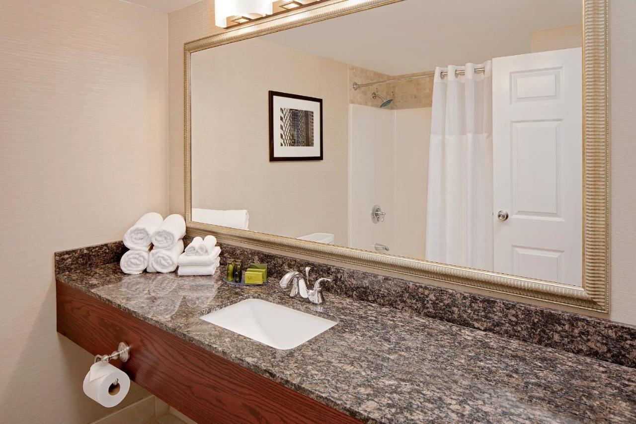 Westford Regency Inn (USA Westford) - Booking.com