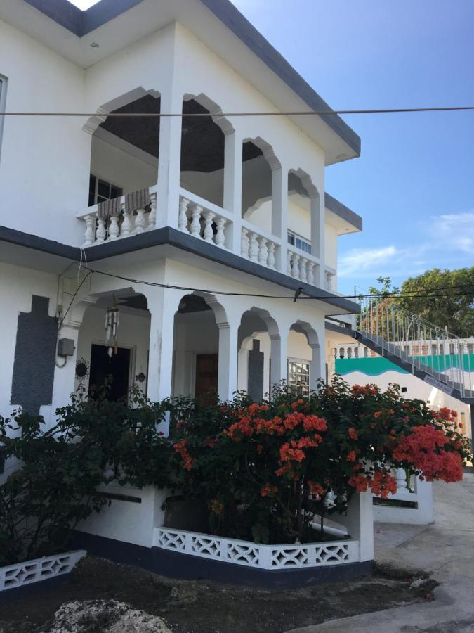 Guest Houses In Whitehall Westmoreland