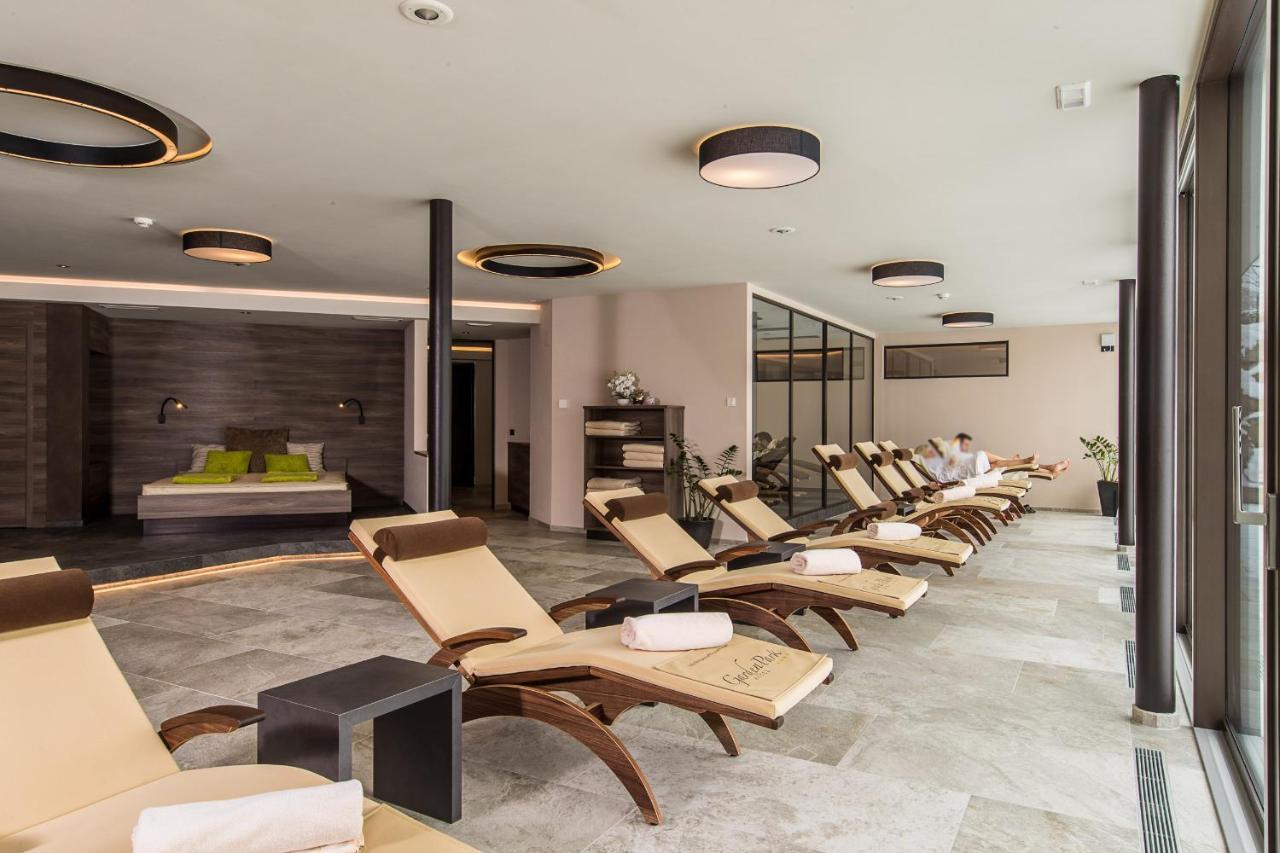 Garden Park Hotel Italien Prad Am Stilfserjoch Booking Com