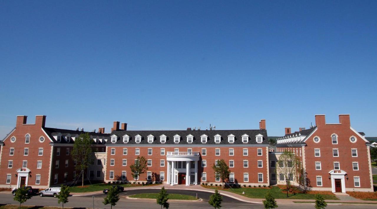 Hotels In Bayfield Nova Scotia