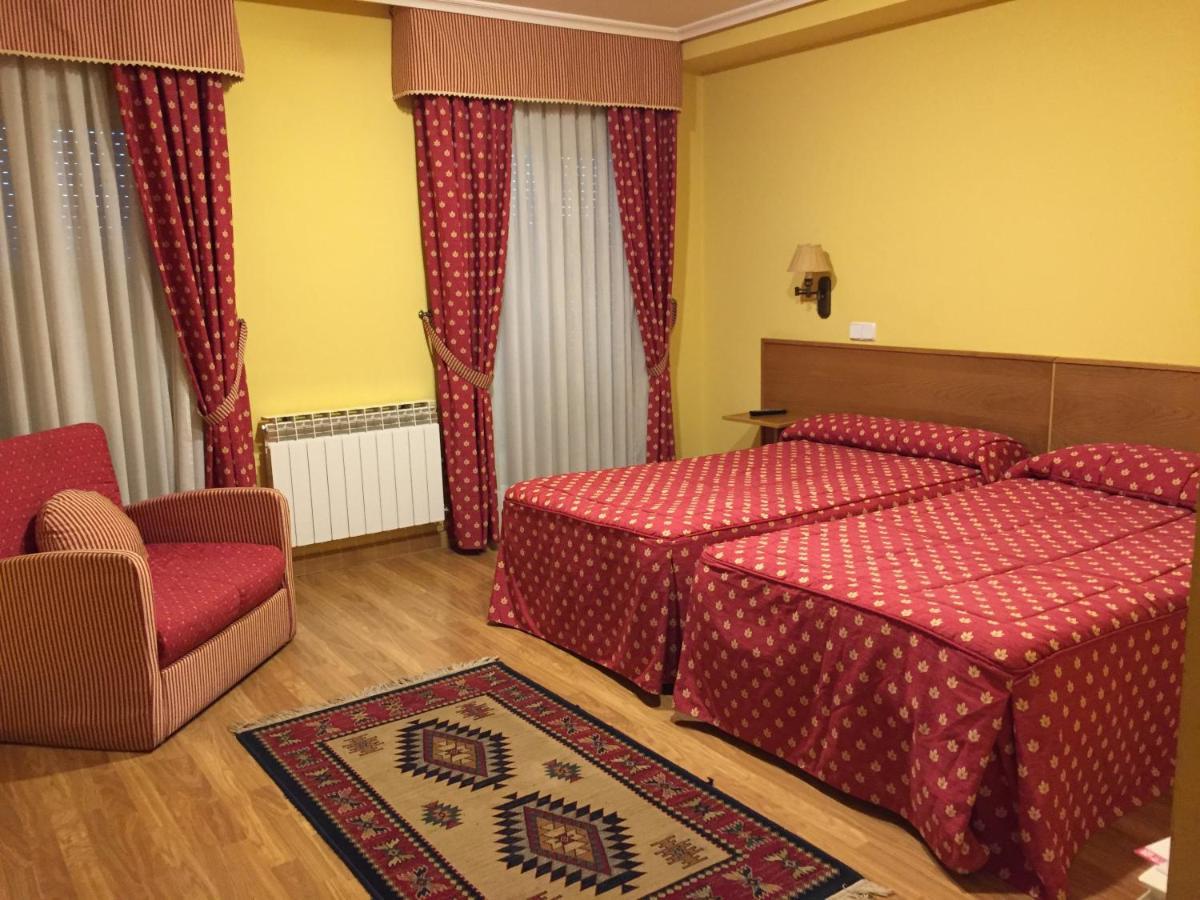 Hotels In Tolbaños De Arriba Castile And Leon