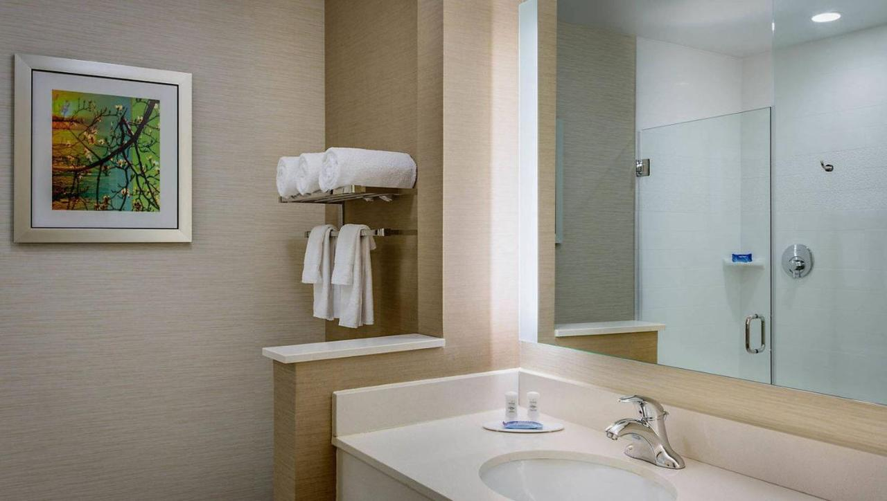 Hotels In Eagle Ford Texas