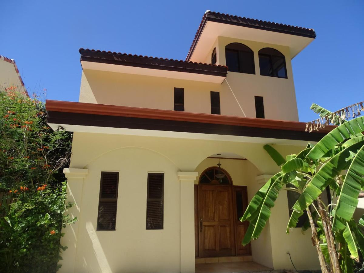 Guest Houses In Playa Conchal Guanacaste