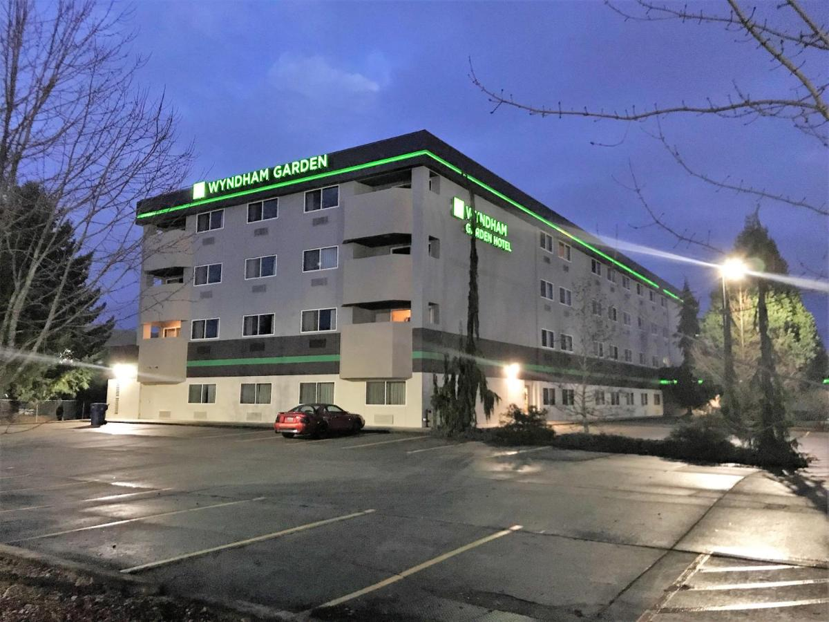 Hotels In Sunny Shores Washington State