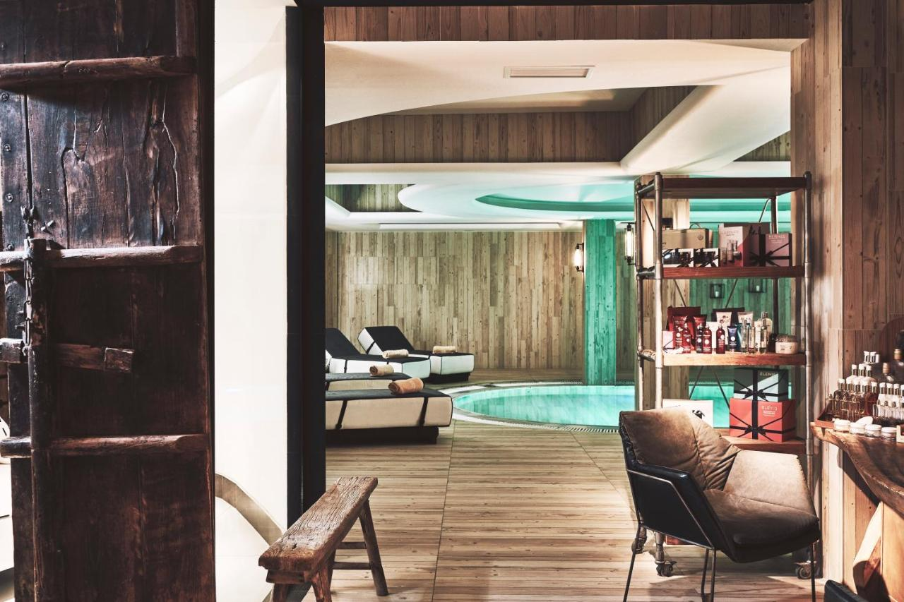 Resort Myconian Imperial (Griechenland Elia Beach) - Booking.com