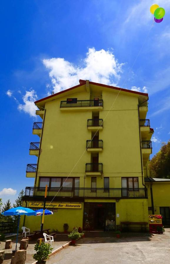 Hotels In Amandola Marche