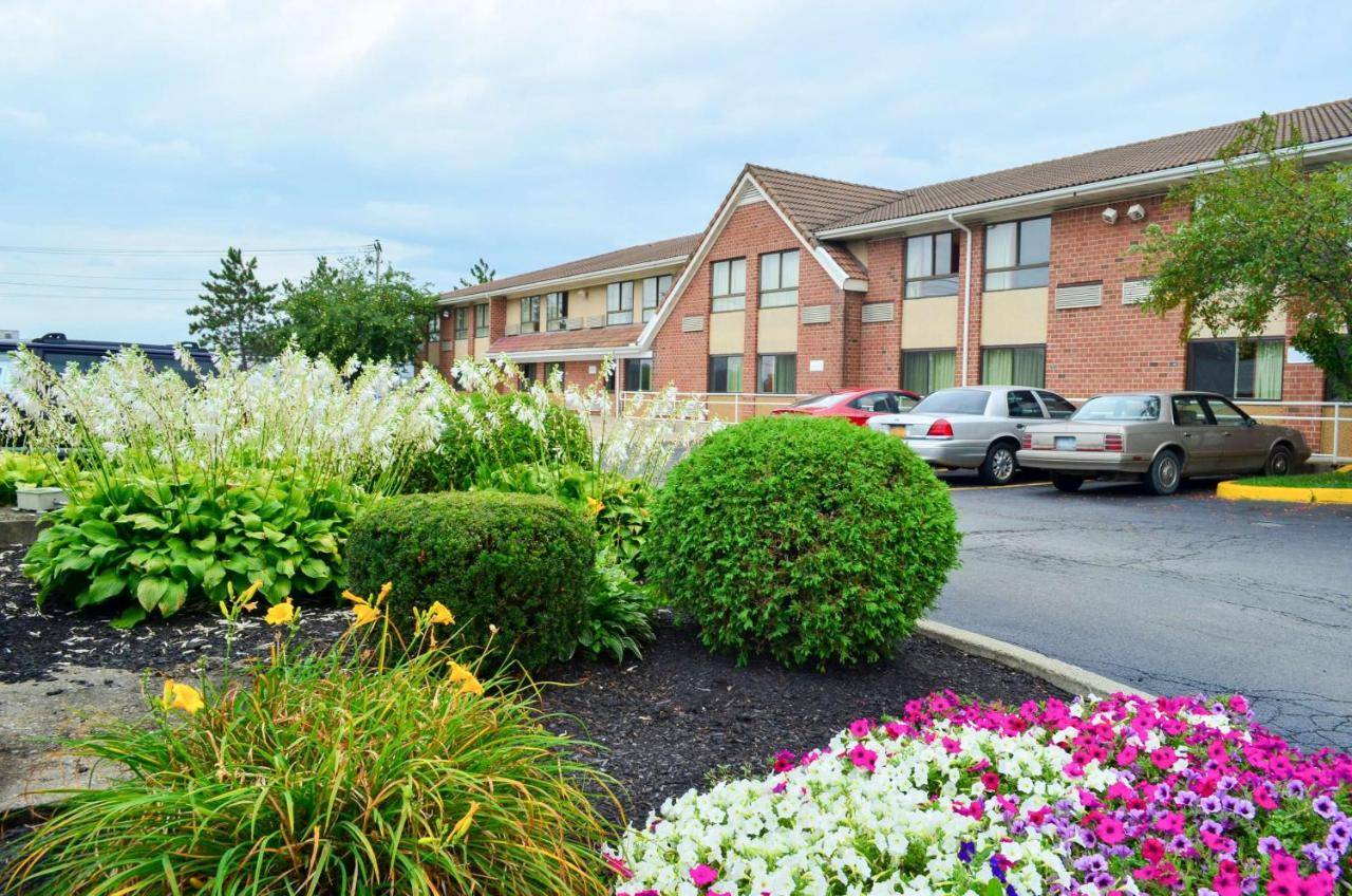 Hotels In Colonie New York State