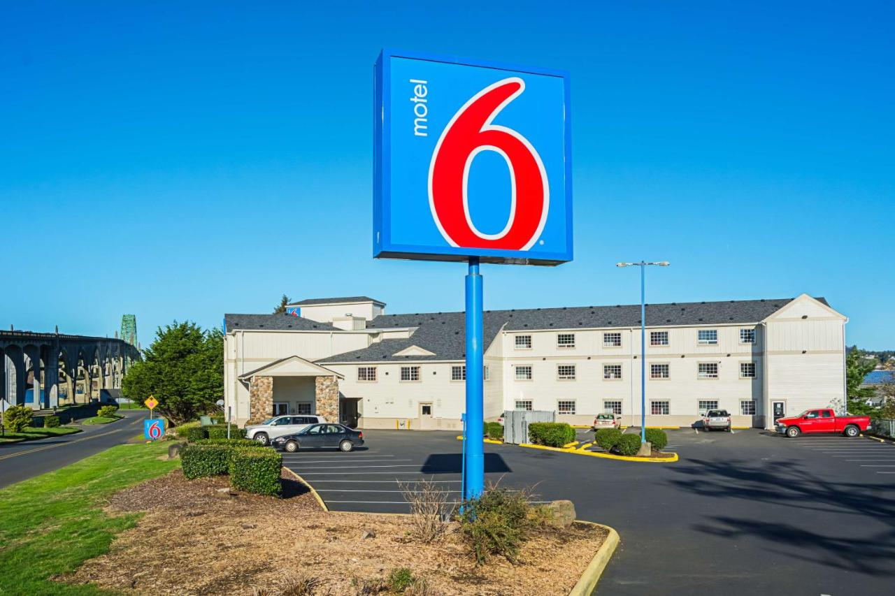 Hotels In Seal Rock Oregon