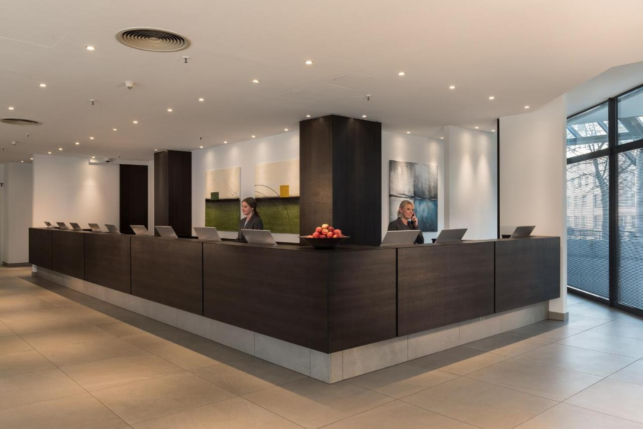 Hotel Estrel Berlin Deutschland Berlin Booking Com