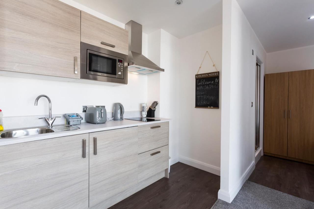 Penthouse Central Manchester Studio, Manchester – Updated 2018 Prices
