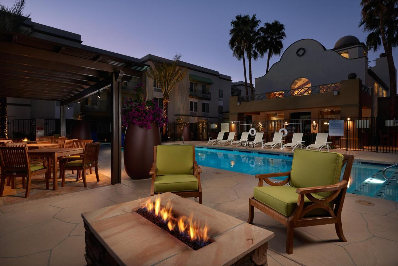 Hampton Inn u0026 Suites Scottsdale AZ