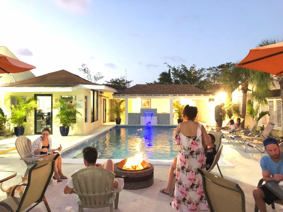 Hotels In Creek Village New Providence