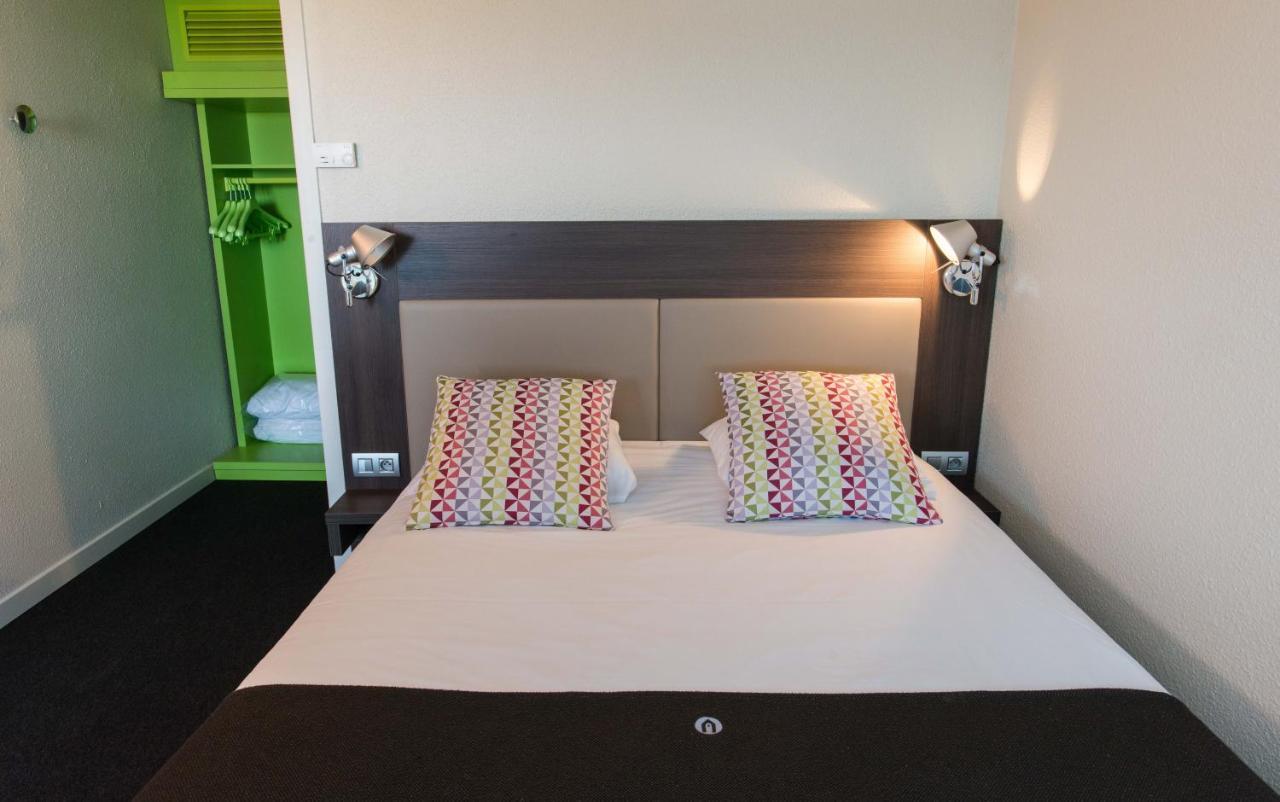 Hotels In Saint-étienne-la-thillaye Lower Normandy