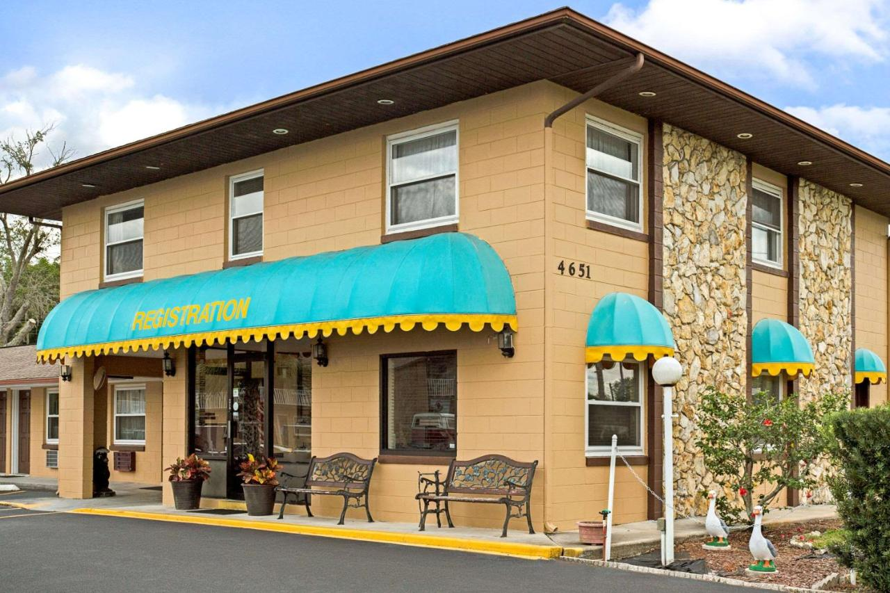 Hotels In Campbell Florida